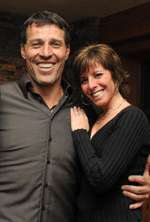 tony-robbins-and lisa lieberman-wang